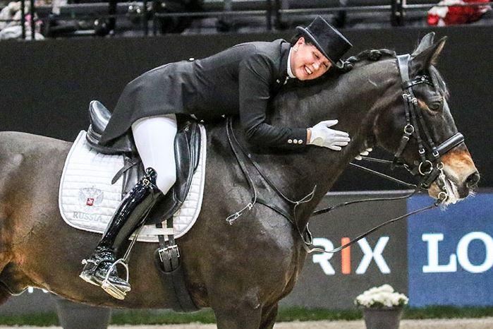 Inessa Merkulova giving her Mister X
