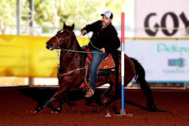 Médico perde 40 kg praticando esportes equestres