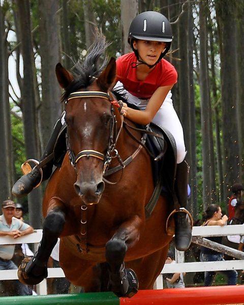 Julia Schwarz atleta de Jaú de Salto e Rural
