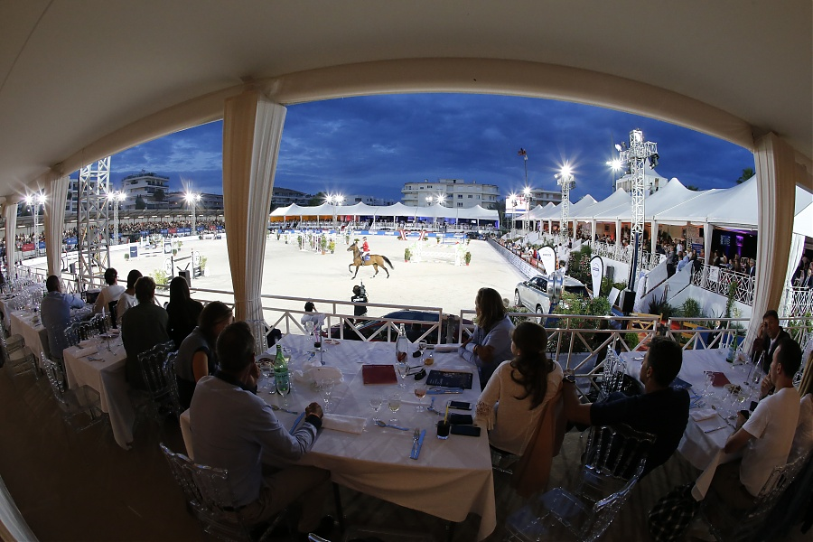 Full VIP Lounge during today's LGCT competitions, ph.Stefano Grasso/LGCT