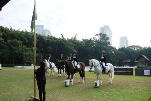 SHP recebe qualificativas para formação Time Brasil de Adestramento no Pan (C. May)