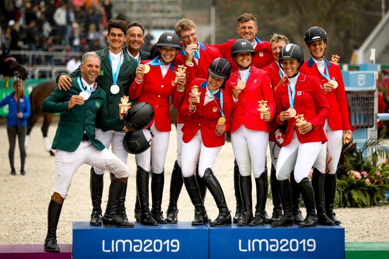 Festa no pódio do Pan EUA, ouro, Brasil, prata e Canadá, bronze
