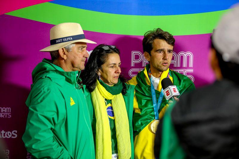 Marlon com os país Mario e Maristela Zanotelli (CBH - Luis Ruas)
